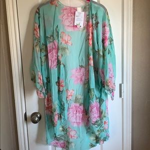 Lovely J Other - Floral Kimono
